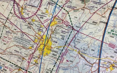 How to read aeronautical charts